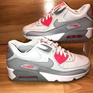 New Nike Air Max 90 LTR size 6.5 Youth/8 women's